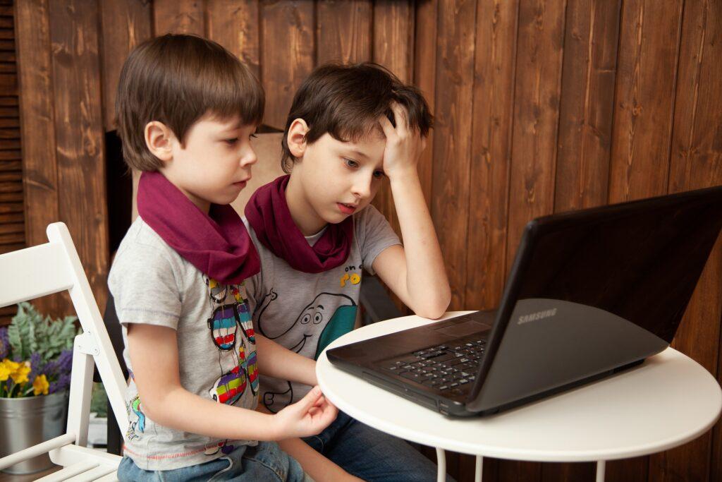 Mi huella Digital. Menores