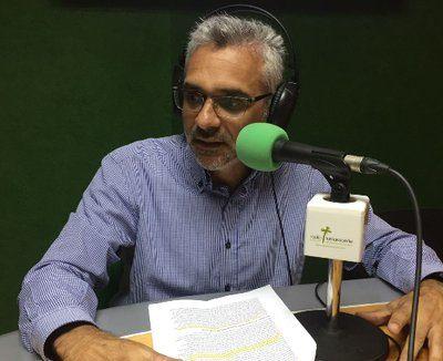 Esteban Santana. Radio Escolar