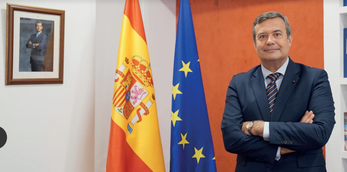 Juan Carlos Hernandez Buadez. Educacion Superior y Diplomacia Internacional